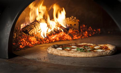 wie essen italiener ihre pizza